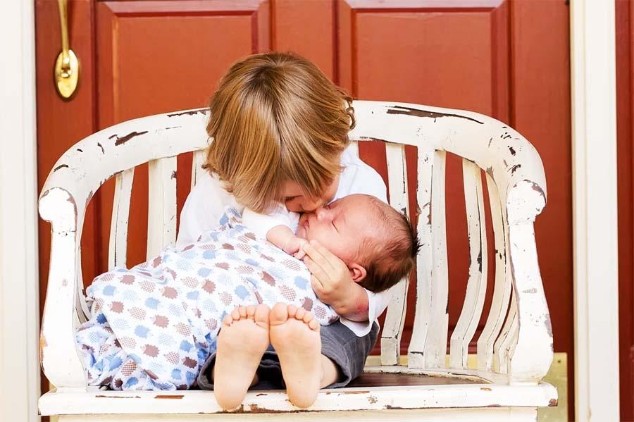 Comment gérer l'arrivée d'un petit frère ?